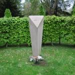 7 - Gedenkstein der VVN-BdA auf dem Ehrenrundplatz.