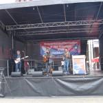 4- Bernd Köhler (Schlauch) und Band