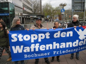 Transparent des Bochumer Friedensplenums